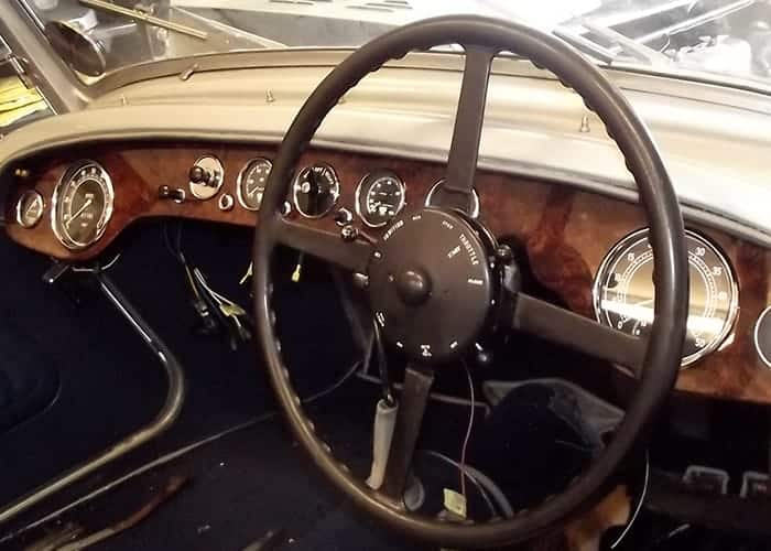 Alvis Speed 25 Dashboard