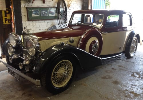 Alvis Speed 25 Red and cream